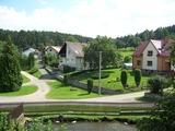 Náves obce Řemíčov